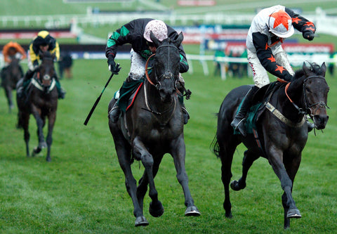 Strong Glance in a close finish at the winning post