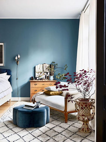 Blue colour scheme bedroom design