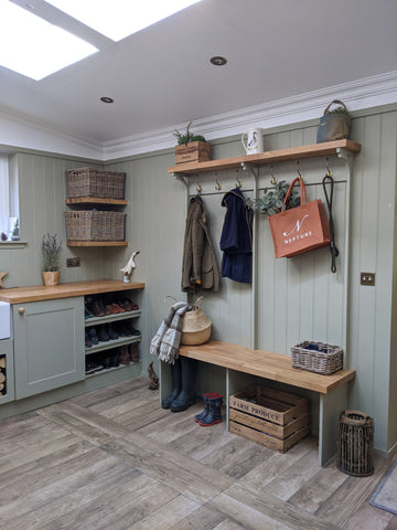 country theme utility and boot room
