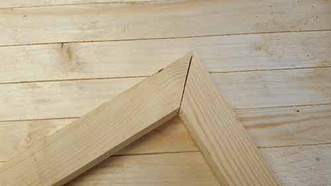 mitre joint in wood