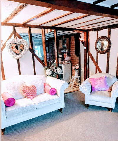 cottage cosy lounge