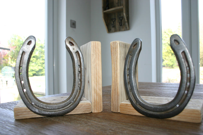 Image of Wood and Horseshoe Bookends Natural
