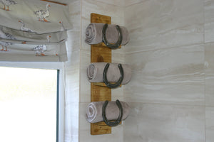 Image of Horseshoe Towel Storage Unit For Bathroom