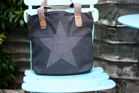Medium Stud Star Bag - Black