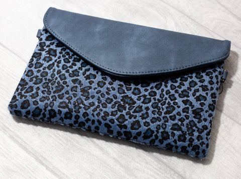 Contrasting Leopard Clutch / Shoulder Bag - Blue