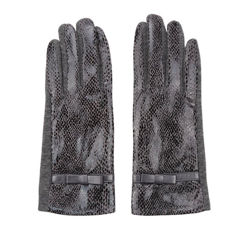 Snakeprint Gloves - Winter Grey
