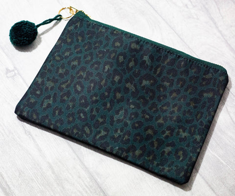 Make-Up Bag / Clutch - Green Leopard