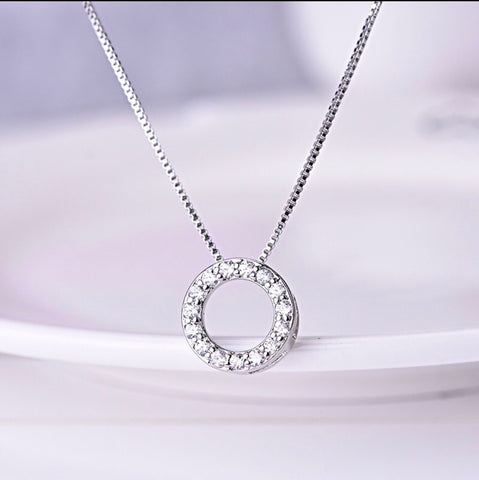 SECOND Circle Sparkle Necklace