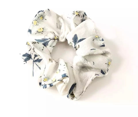 Chiffon Floral Scrunchie - Off White