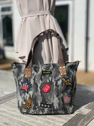 Medium Camo Shoulder Bag - Grey