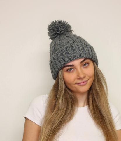 Cosy Knit Pom Pom Hat - Grey