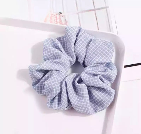 Checked Scrunchie - Pale Blue & White