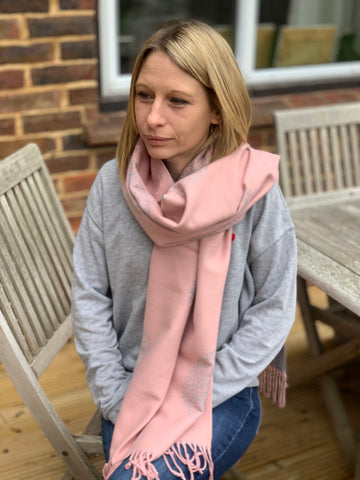 Cashmere Blend Mulberry Tree Scarf - Pink / Silver Grey