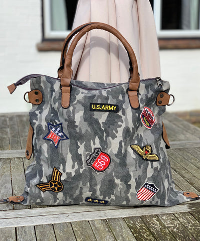 Large Camo Shoulder Bag - Grey