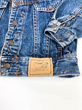 Load image into Gallery viewer, Little Levi's jacket size 18M