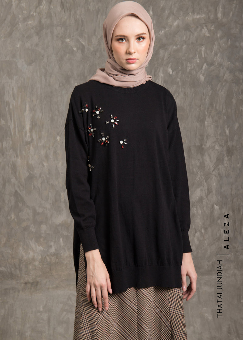 Tharmira Embellished Sweater Black