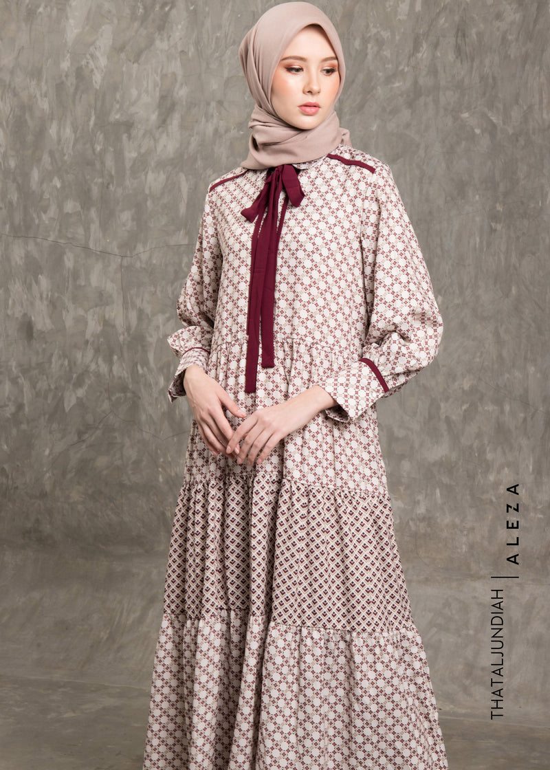 Thazra Dress Beige