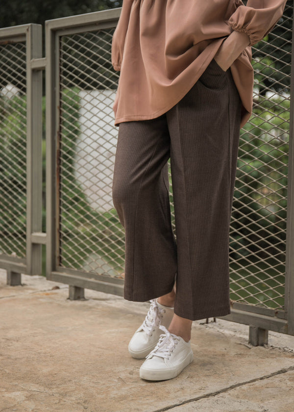 Gika Pants Herringbone Brown