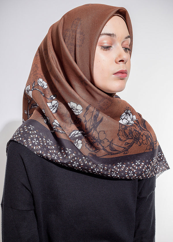Vizeya Scarves Brown