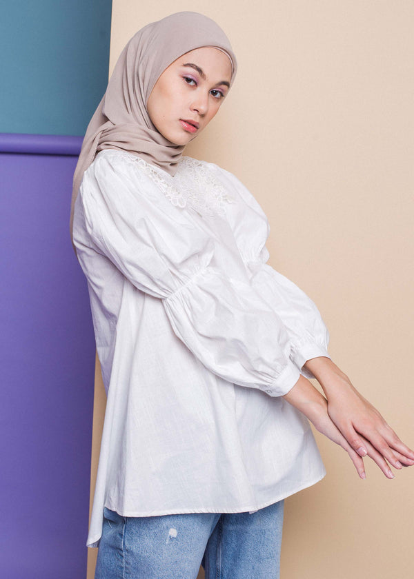 Fiola Top Off White