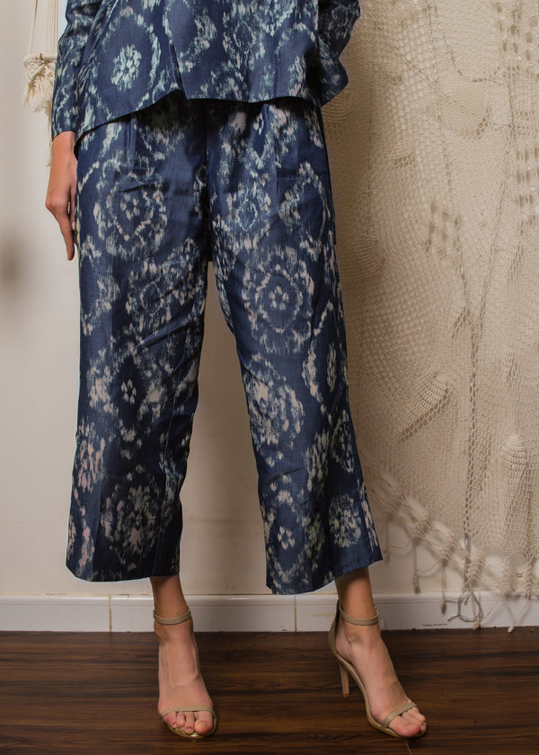 Qila Pants Blue