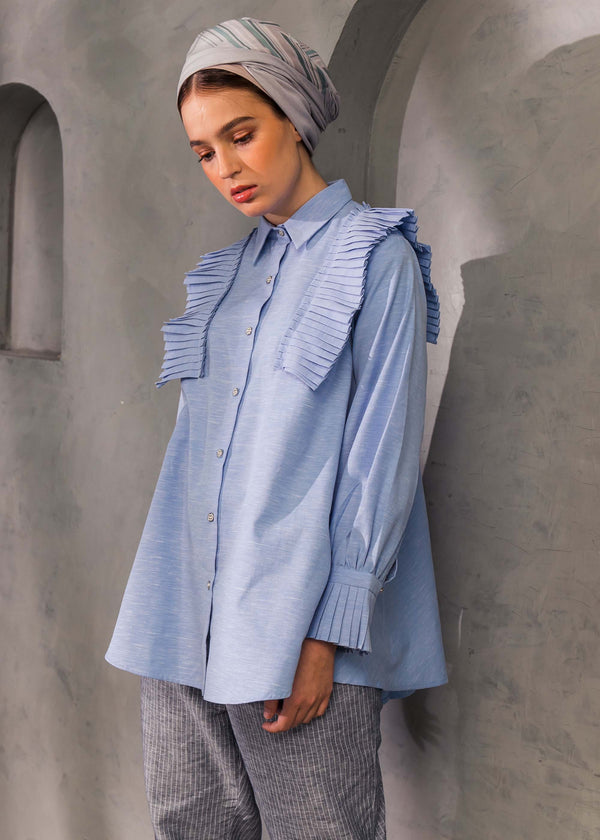 Seiza Pleat Shirt Blue