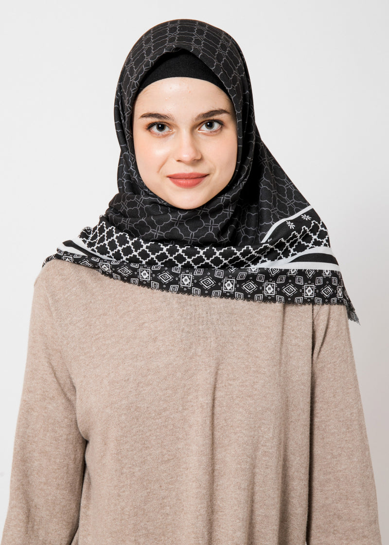 Navari Scarves Black