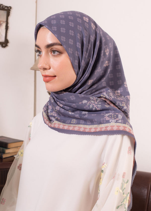 Zecia Scarves Navy