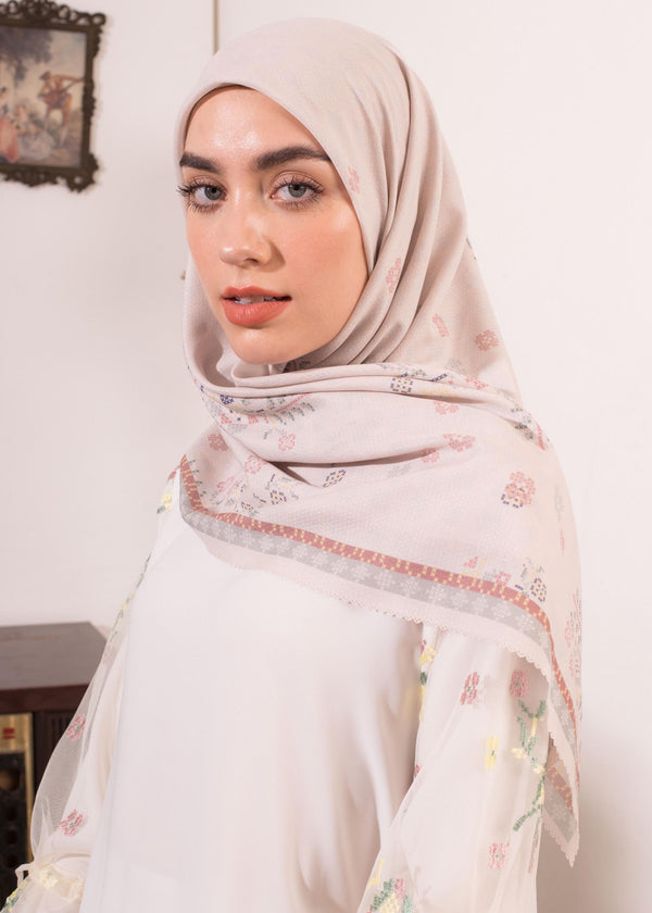 Zecia Scarves Off White