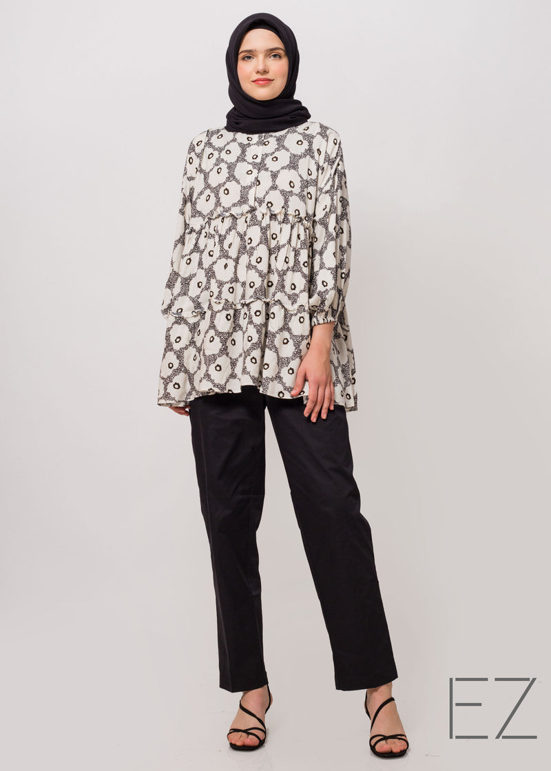 Taffy Top Black