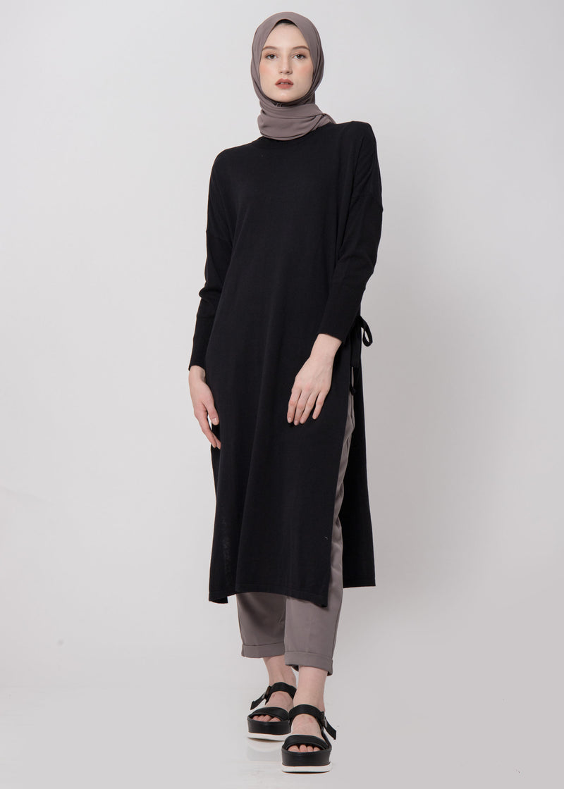 Nadra Sweater Black