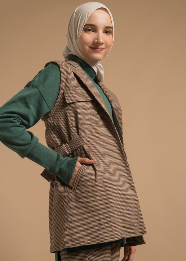 Tamala Vest Brown