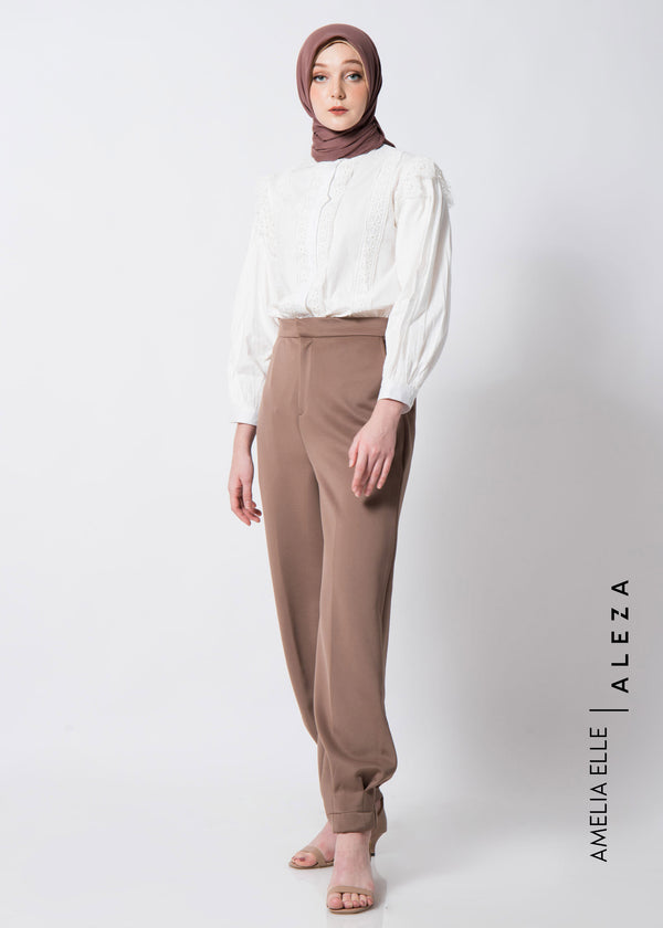 Avy Pants Brown