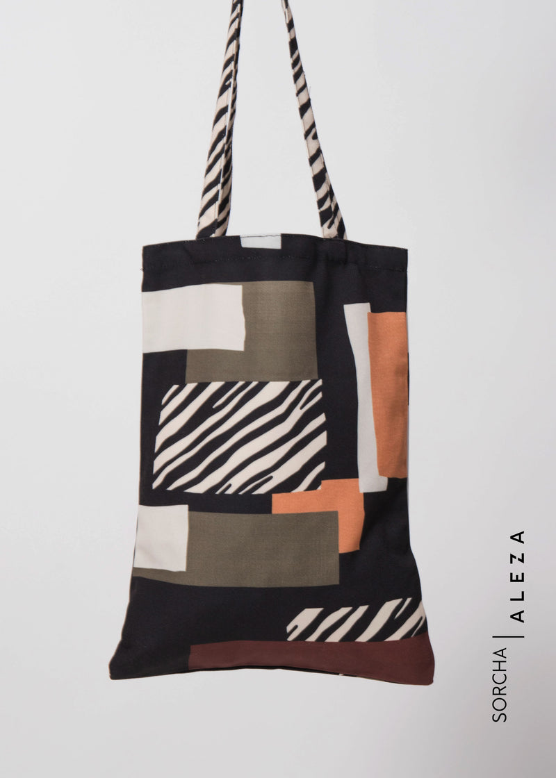 Seza Totebag Black