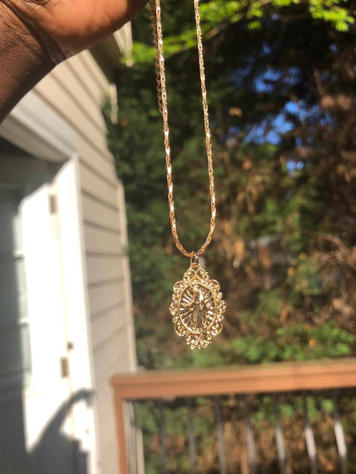 Saint Mary Oval necklace