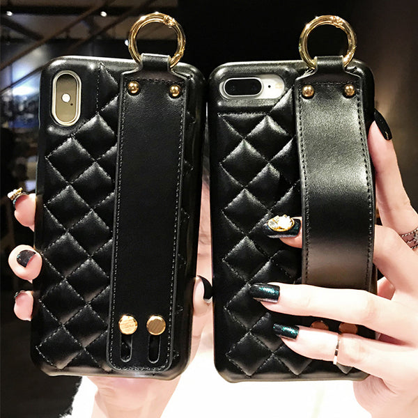 2019 Ins New Style Black Leather Rhombic Wristband Bracket Phone Case For iPhone X/XS/XR/XS MAX