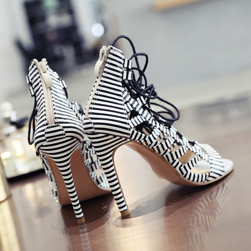 Snakeskin Pattern Stitching Roman Lace Up Shoes