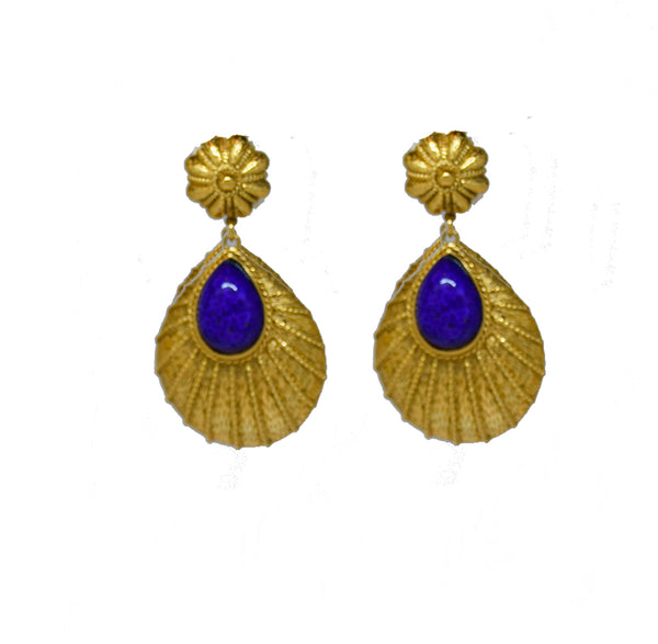 108 Textured 24 kt gold plated tear drop clip earring with navy stone