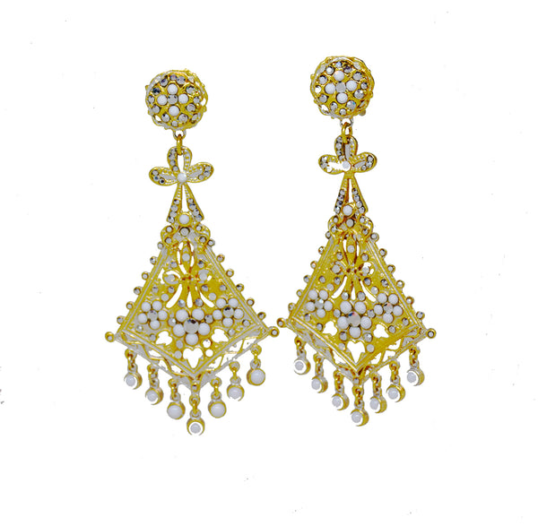 114 White kite filigree 24 kt gold plated drop clip earring