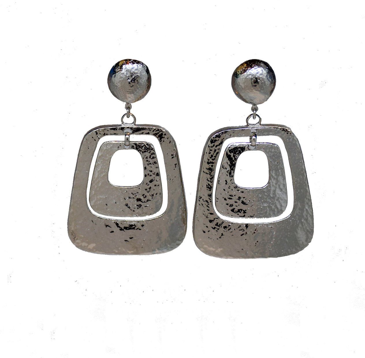 Silver hammered double square drop clip earring 124