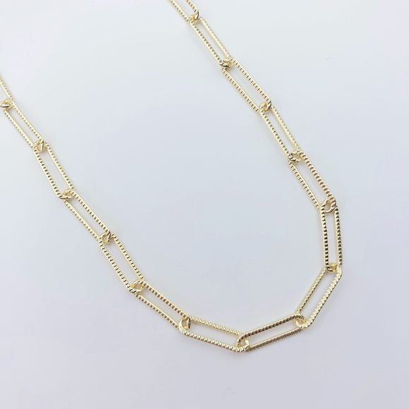 Textured Paperclip Necklace