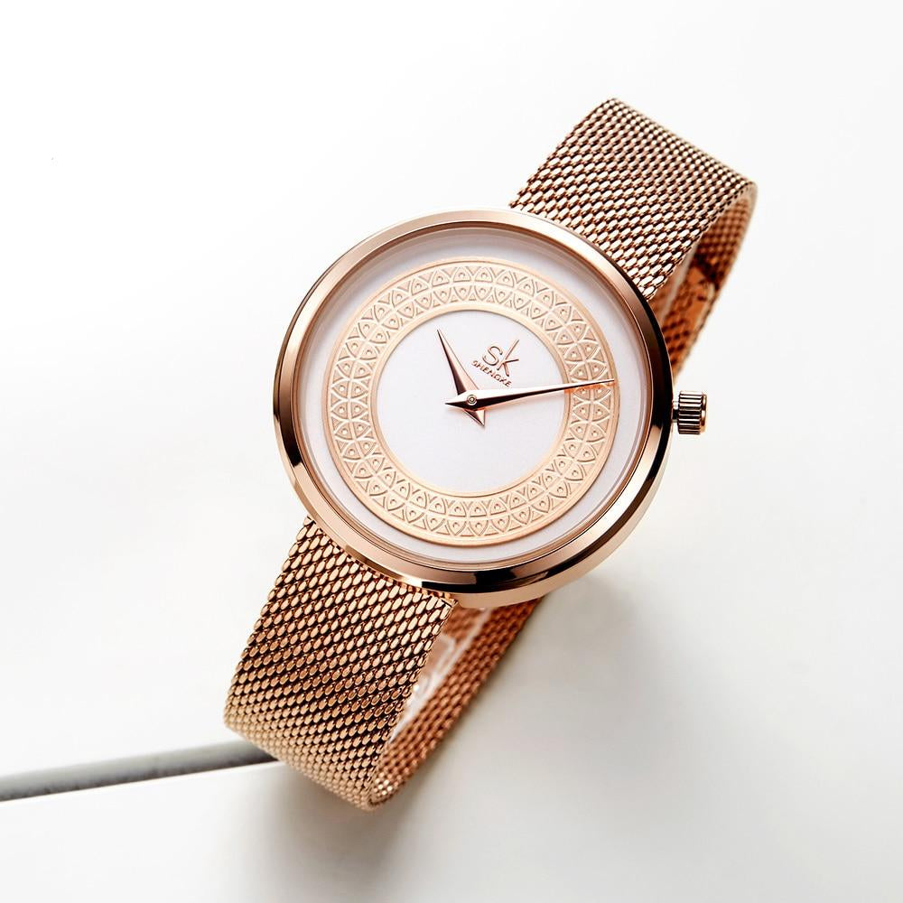 Classical Gold Metal Slice Design Watch For Women With Vintage Design