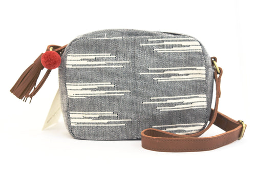 Alba Crossbody : Charcoal Brushstroke