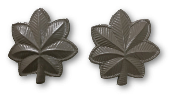 Major Leaf Tan Badge/Pin | Sold In Sets of 2