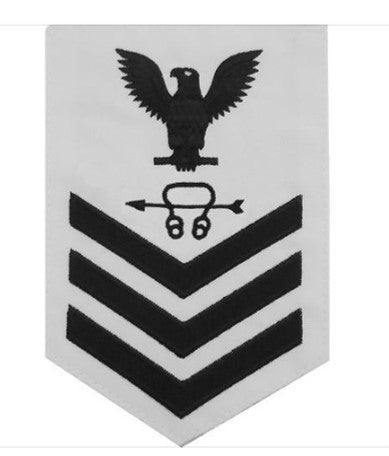 NAVY E6 MALE RATING BADGE: SONAR TECHNICIAN white background blue chevron and eagle