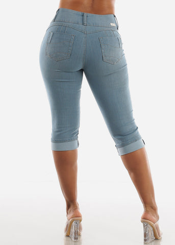 Butt Lifting Light Wash Denim Capris