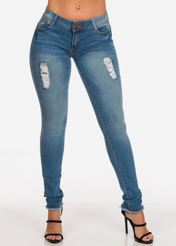 Women's Junior Ladies Low Rise 2 Button Distressed Butt Lifting Levanta Cola Raw Hem Med Wash Skinny Jeans