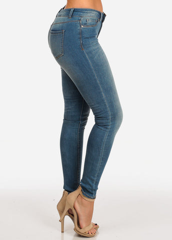 Stylish Light Blue Wash Mid Rise 1 Button Skinny Jeans