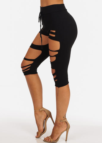 Image of Casual High Rise Pull On Distressed Black Capri Pants