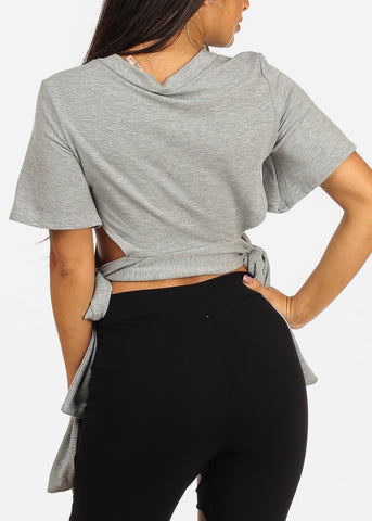 Like Boss Short Sleeve Graphic Crop Top
